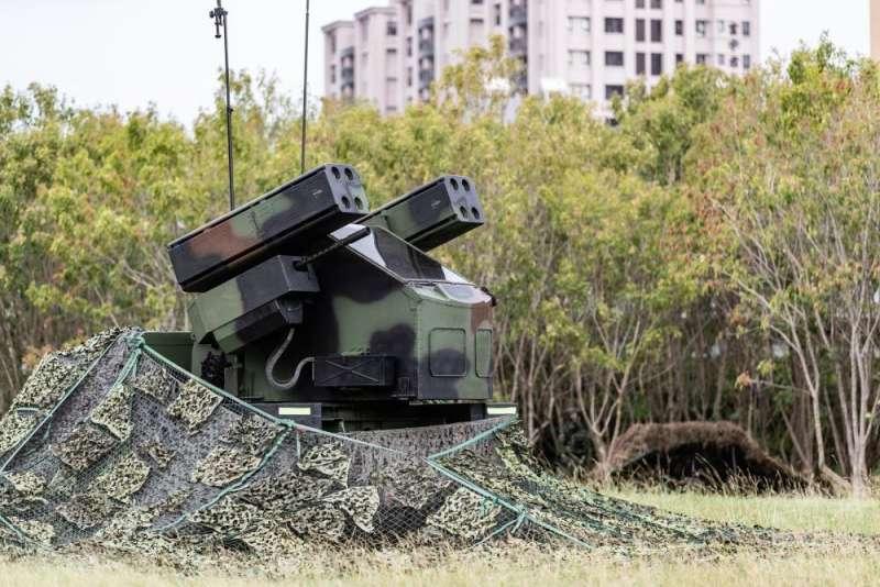 20201029-國軍戰備周持續進行,圖為復仇者飛彈車。(取自軍聞社)