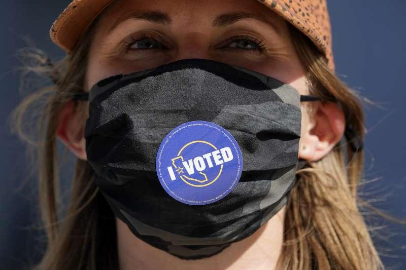 2020美國大選,目前已有將近一億人完成投票。(AP)