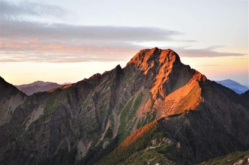百岳入門-玉山主峰。(圖/Tripbaa趣吧提供)