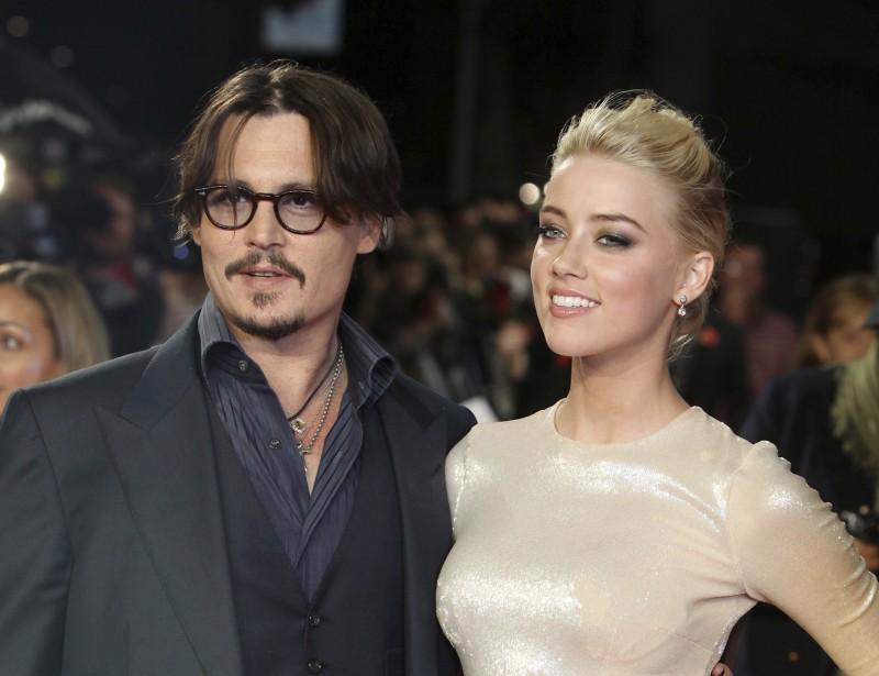 好萊塢影星強尼戴普遭前妻安柏赫德控告家暴,並為了相關報導控告英國《太陽報》誹謗,但遭法院判決敗訴。(AP)