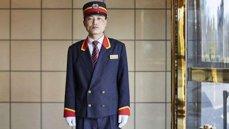 平壤酒店為國有,只有小小的商標(BBC News 中文)