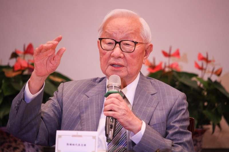 20201121-APEC領袖代表張忠謀出席總統府大禮堂舉行的「2020APEC暨經濟領袖會議會後記者會」。(蔡親傑攝)