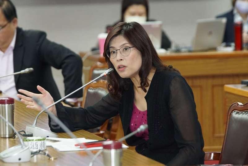 20201123-立委鄭麗文23日出席司法委員會質詢。(盧逸峰攝)