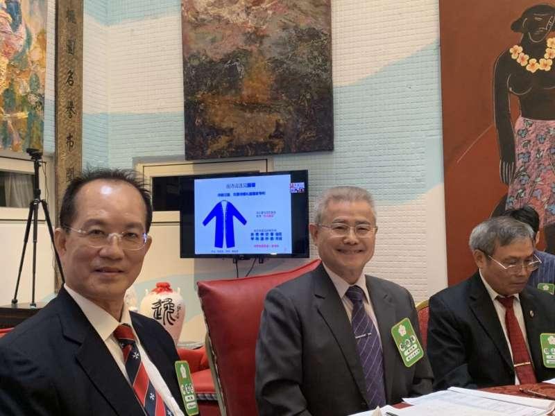 台灣藝術研究院院長林富男(左)。(圖/徐炳文攝)