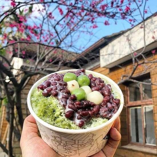 南庄老街美食-抹茶冰。(圖/IG@aaronchun0711)