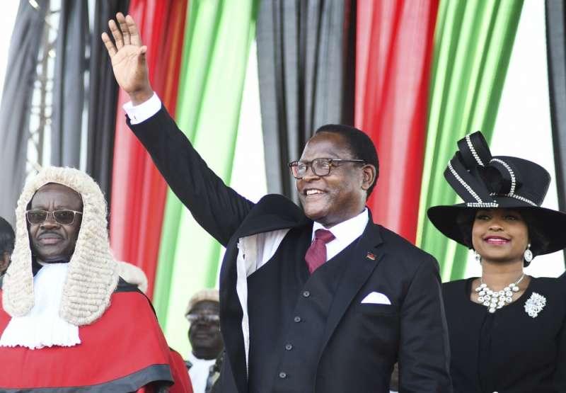 馬拉威堪稱窮國民主轉型典範:2020年6月,反對派候選人查克維拉(Lazarus Chakwera)經由公平選舉勝選,宣誓就職新任總統(AP)