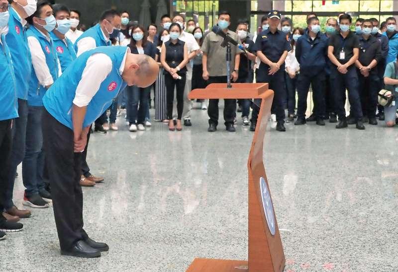 高雄市民的罷免怒火讓韓國瑜只能低頭,僅執政528日便被迫從市長寶座離開,也宣告韓流退潮。(林瑞慶攝)