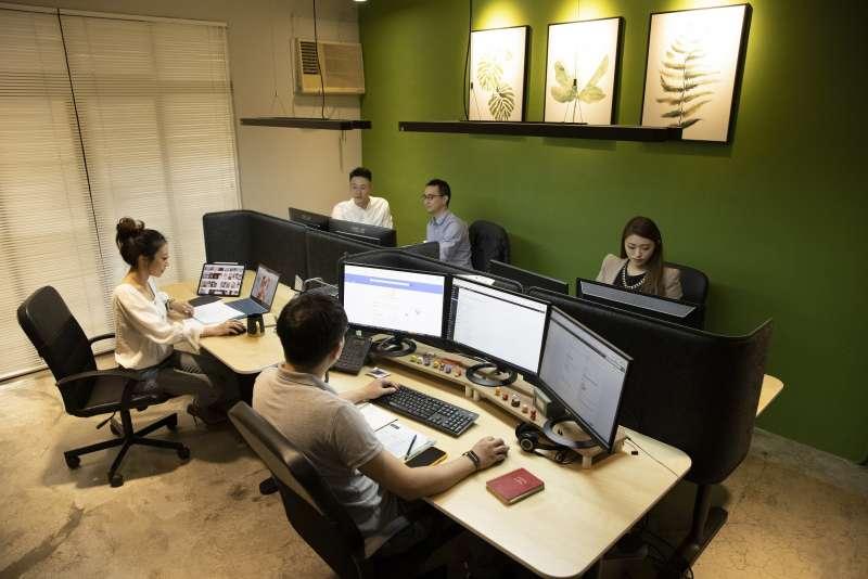 艾格創意擁有資深設計團隊,曾為PGO摩托動力、寰宇家庭、漢民科技等企業建置官網(圖/艾格創意設計)