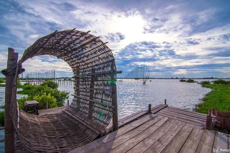 成龍濕地的環保裝置藝術,可供遊客拍照。(圖/yusin.tw@instagram提供)