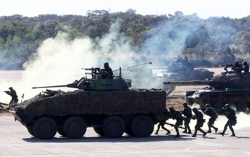 20210119-陸軍六軍團19日在新竹湖口中興台實施「反滲透重要目標防護演練」, CM34 30機砲戰鬥車參與演練。(蘇仲泓攝)
