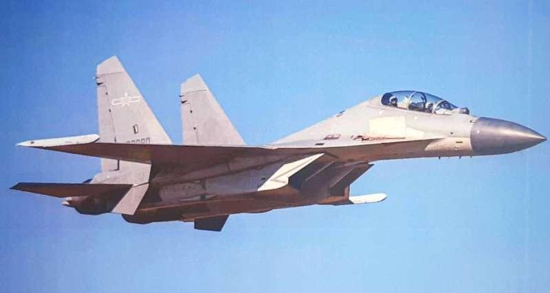 20210123-空軍司令部證實今日再有共機進入我西南空域,且數量高達13架。圖為殲-16機。(空軍司令部提供)
