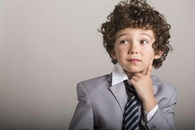 小孩 思考 疑惑 外國小孩 困惑 問題(圖/photoAC)
