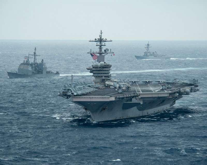 美國派遣羅斯福號航艦打擊群進入南海,要讓盟邦與夥伴國安心。(翻攝自uss theodore roosevelt cvn-71臉書)
