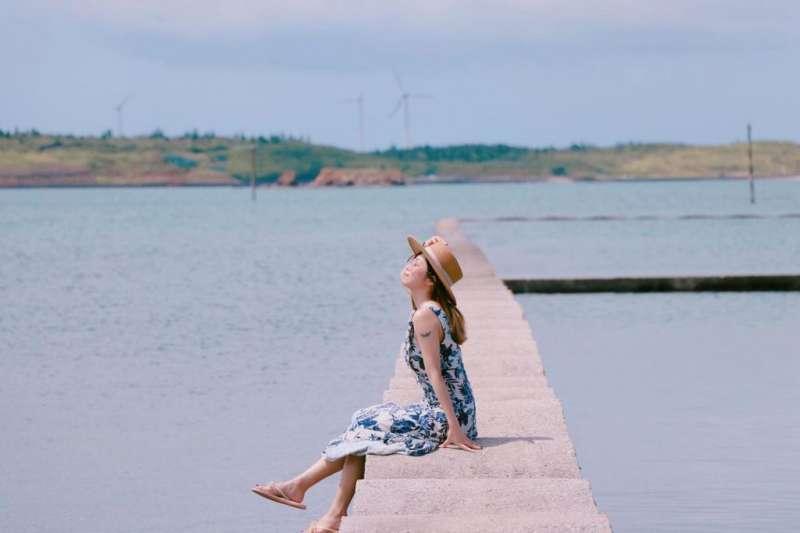 澎湖景點-波浪海提。(圖/Tripbaa趣吧)