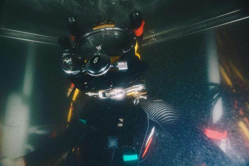 水下作業大隊是極度仰賴潛水技能的高專業單位。(取自軍聞社)