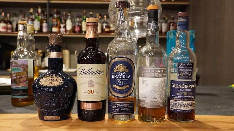 西方人一般不太在意貴重、高年份的酒,但在台灣,威士忌的年份在餐桌上代表「主人對客人的尊重」(圖 / 酒心智庫提供)
