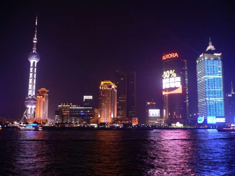 以中國為首的亞洲地區狹帶著強勁的復甦力,成為投資的新興市場(圖/Matt Chang@flickr)