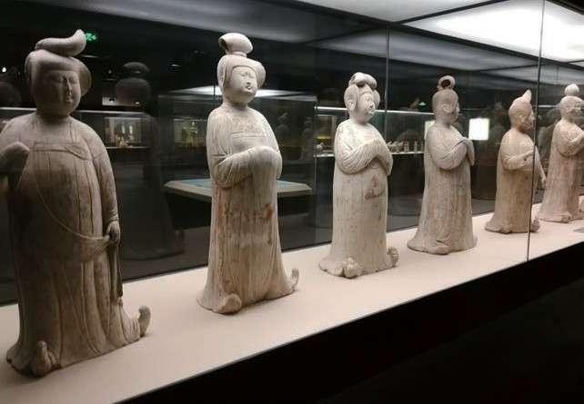 唐仕女俑,西安博物院展出(圖/時報出版提供)
