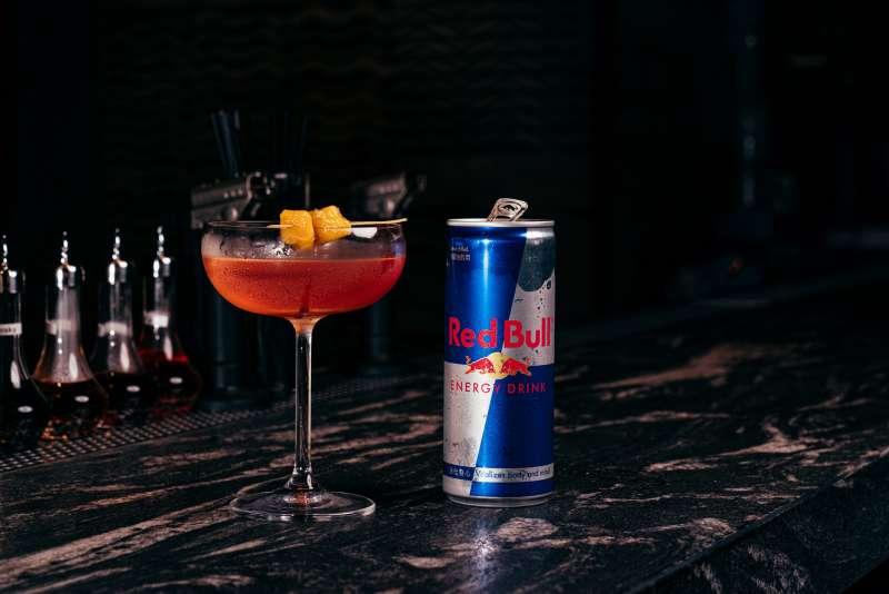 Red Bull Bar Block無夜城限定特調-The Hermit Bistro 隱士餐酒館(圖/Red Bull Bar Block)