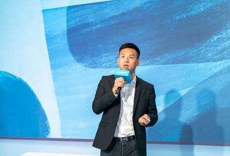 羅技台港澳區總經理施前江樂觀看待台灣視訊會議市場前景。(圖/羅技提供)
