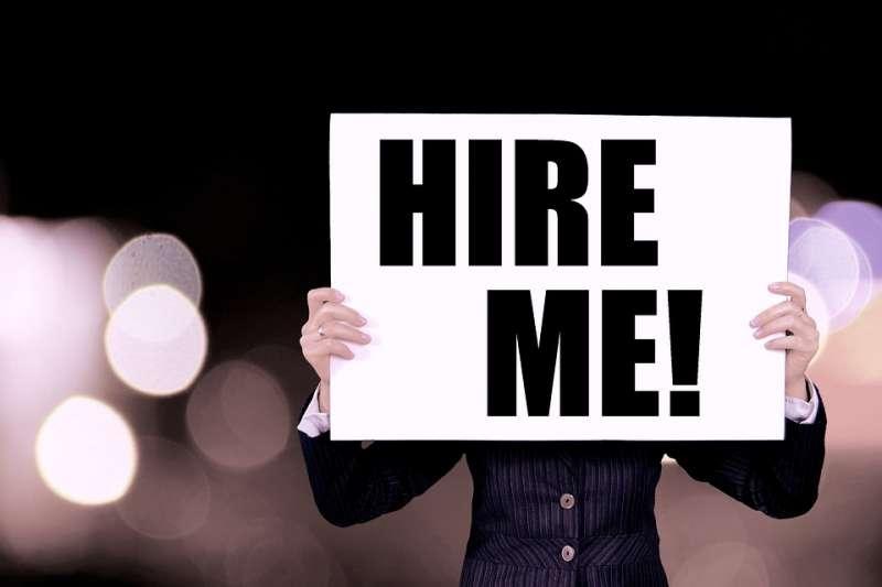 新鮮人第1份工作起薪29,714元,較2018年增2,672元。(圖片取自pixabay