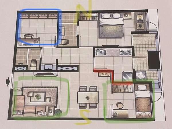 多數網友認為這格局不太優,因為廚房跟浴室幾乎把整個格局都卡死。(圖/好房網提供)