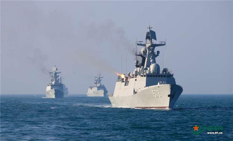解放軍在東海進行操演。(中國軍網)