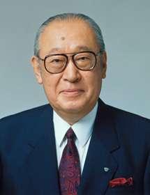 1961年接任總裁的佐治敬三(Keizo Saji),就是當年鳥井信次郎為感謝名古屋富商佐治儀助,過繼給對方的次子(圖片來源:三得利官網)