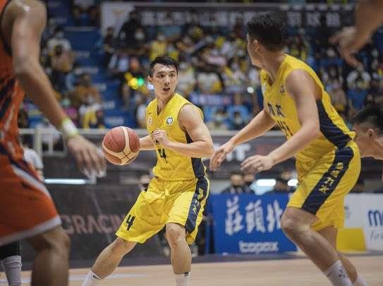 SBL超級籃球聯賽第18季例行賽重返高雄鳳山體育館舉行。(圖/高雄市運發局提供)