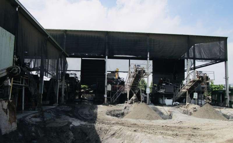 環保局自設焚化底渣處理廠。(圖/高雄市環保局提供)