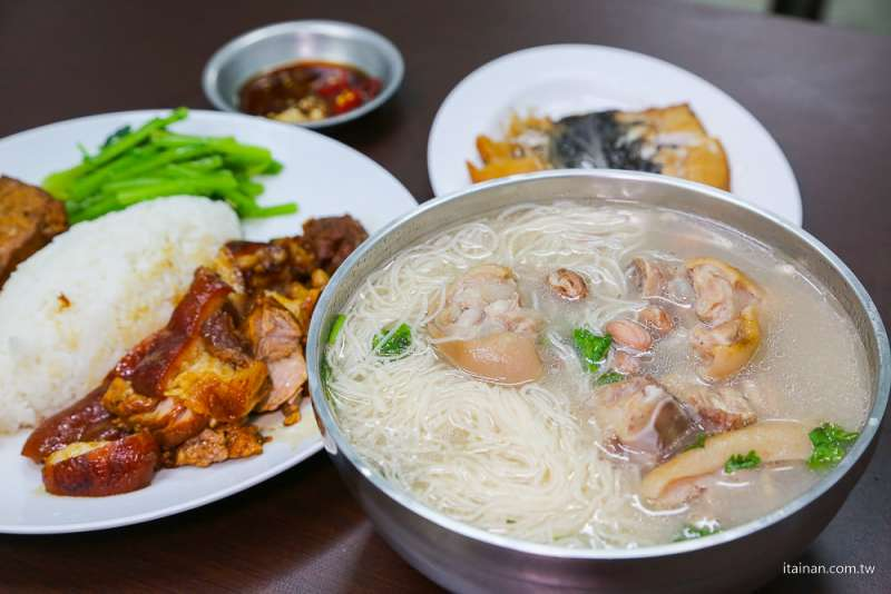 富農土豆豬腳(圖/台南好Food遊提供)
