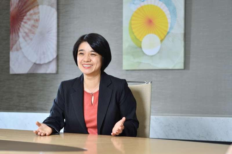 百靈佳殷格翰人資長Emily Teng (鄧尚純)分析HR Asia Awards亞洲最佳企業雇主獲獎原因。