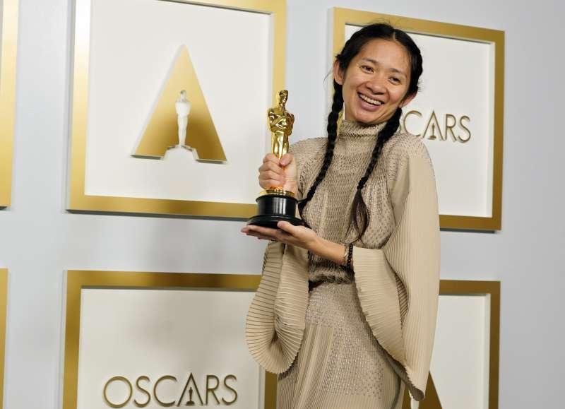 第93屆奧斯卡金像獎:最佳導演得主、華裔女導演趙婷(AP)