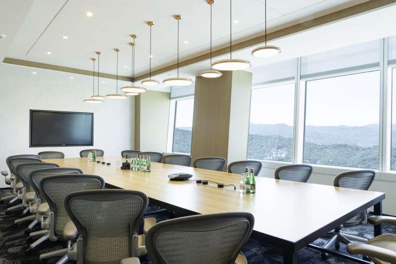 德事提供專屬辦公室、共享辦公室、虛擬辦公室、會議活動空間等多元服務。 (圖片來源:德事商務中心)