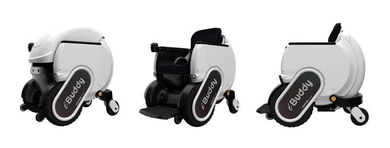 康揚 - iBuddy 智能機器人充滿未來感流線設計。(圖片來源:康揚輔具)