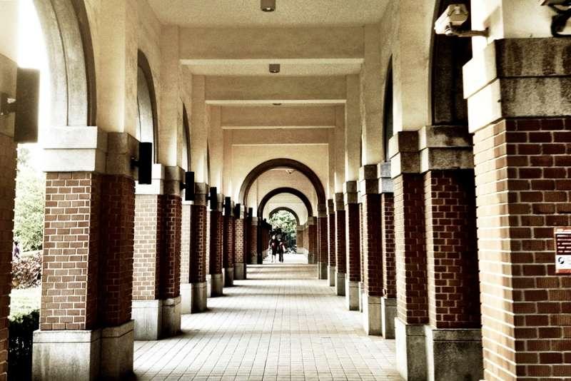 台大、大學、校園資料照(neverbutterfly@flickr)https://www.flickr.com/photos/7451276@N08/7144881959/