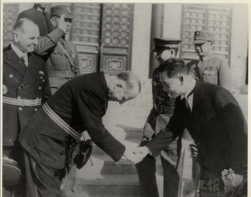 1-嚴格來說,納粹德國與中華民國沒有斷交過,只是把對中華民國的外交承認由重慶轉移到南京罷了。在1949年10月27日東德與中共建交前,汪精衛政權也是最後一個與德國保持外交關係的中國政府,更是德國承認的最後一個中華民國政府。(許劍虹提供,取自國史館)
