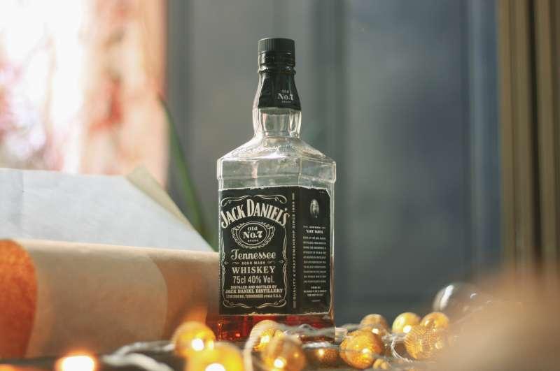 威士忌 酒(圖/取自Unsplash)