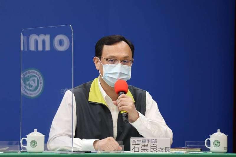 衛福部次長石崇良在立法院備詢時聲稱「萬華是破口」,被台北市副市長黃珊珊要求道歉。(中央流行疫情指揮中心提供)