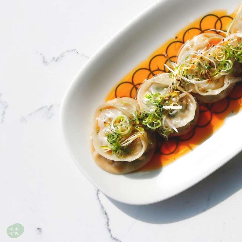 小小樹食擁有各種獨具特色的蔬食中式料理(圖 / 小小樹食@facebook)
