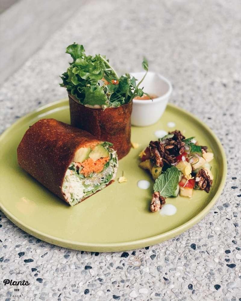 Plants 無麩質純素餐廳主打有機、純素、無麩食材,天然無添加,多數餐點都是裸食,直接感受食材原味(圖 / Plants 無麩質純素餐廳)