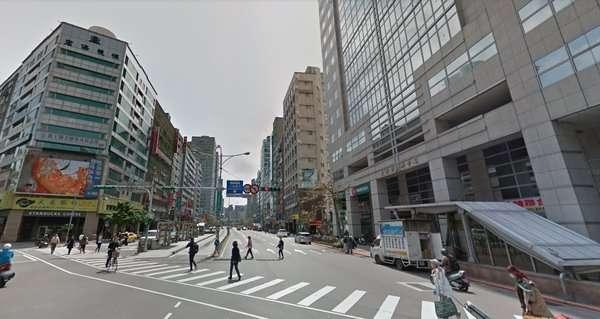來自高雄的北漂族成功在台北古亭捷運站周圍買房,但他也坦言,以有限預算必須得做出需求取捨。(圖/翻攝自Google Map,取自好房網)
