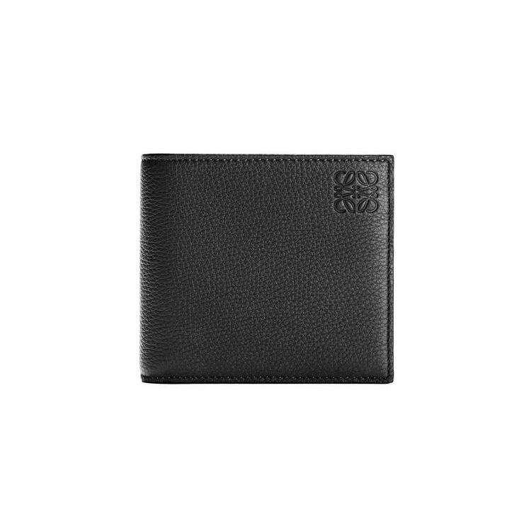 LOEWE 黑色粒面小牛皮雙折皮夾,NT$18,000 (圖/取自於Loewe官網)