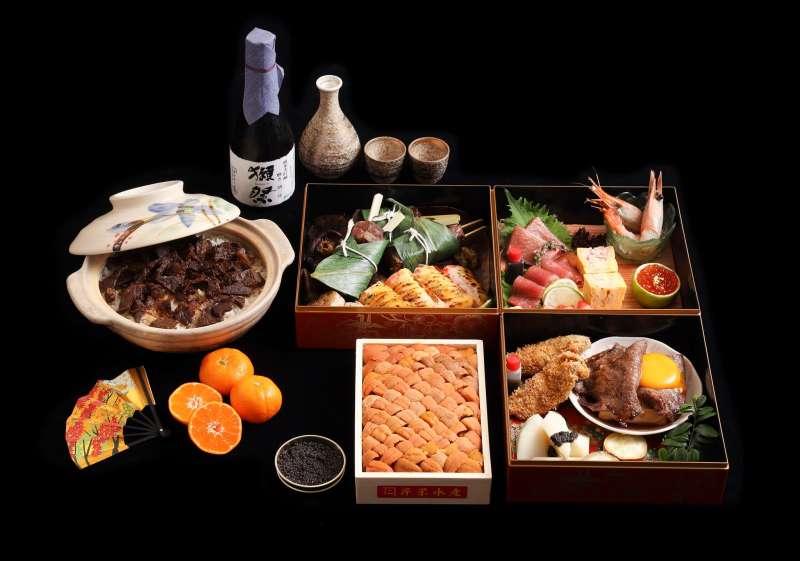 頂級器皿盛裝的東雲和食,從先付、強肴、釜飯等一應俱全(NT$10,000)(圖/取自樂軒和牛專門店)