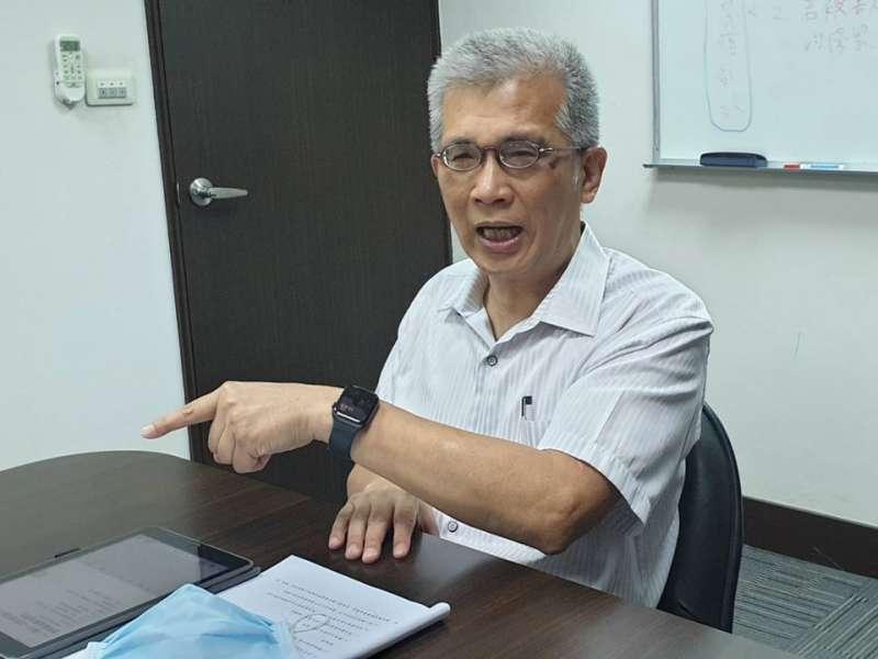 消費者文教基金會副董事長吳榮達表示,醫療院所針對醫材重處理執行細節會使用到哪些器材?幾次重處理與費用計算等,都要公開透明。