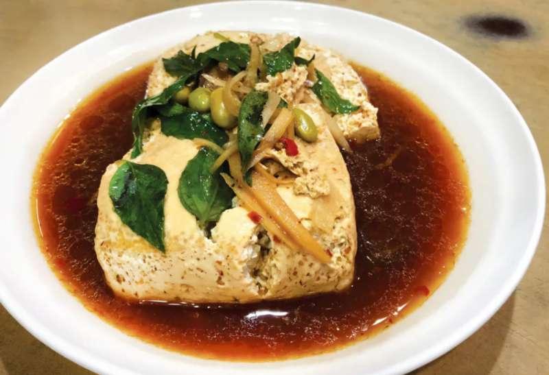 招牌現蒸臭豆腐(圖/取自米其林官網)