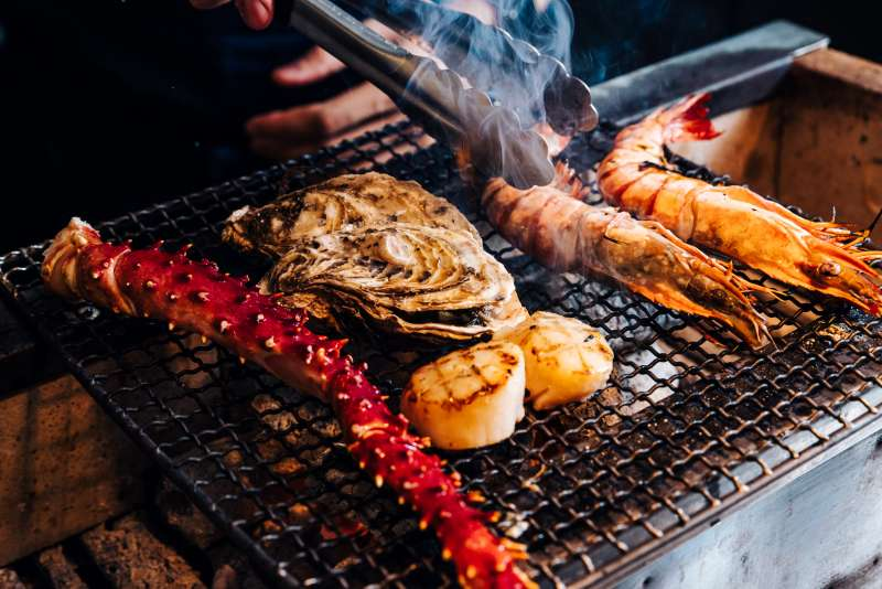 ,以自身對海鮮的專業精心挑選,為大家省去外出採購的時間與精力,中秋烤肉、居家料理食材一次備齊(圖/MMHG提供)