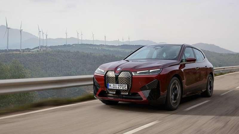 BMW iX xDrive50 車型(圖/BMW.UK)