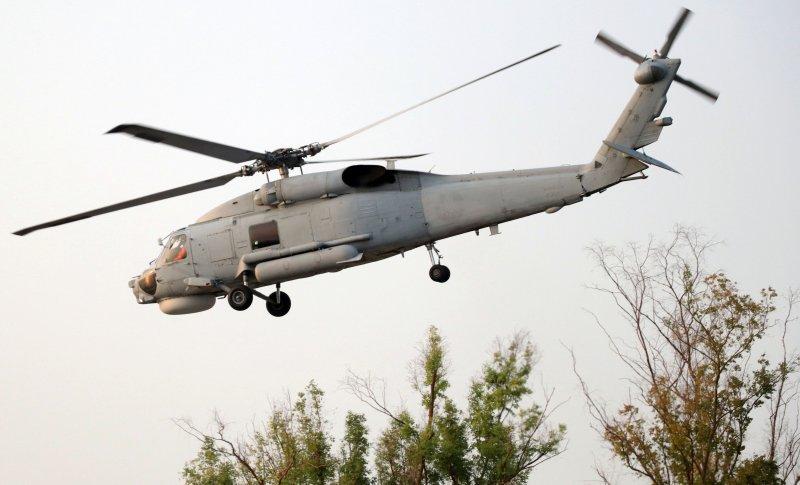 20161109-海軍左營基地營區開放9日舉行全兵力預校。圖為海軍S-70C反潛直升機-(蘇仲泓攝)