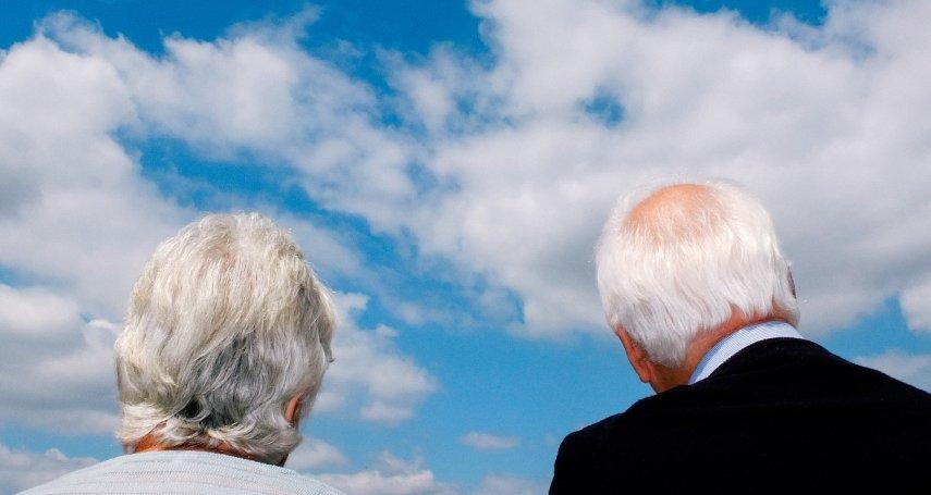 生活費每月至少4萬8!勞保破產危機下,該怎麼用錢,才有機會安心退休?
